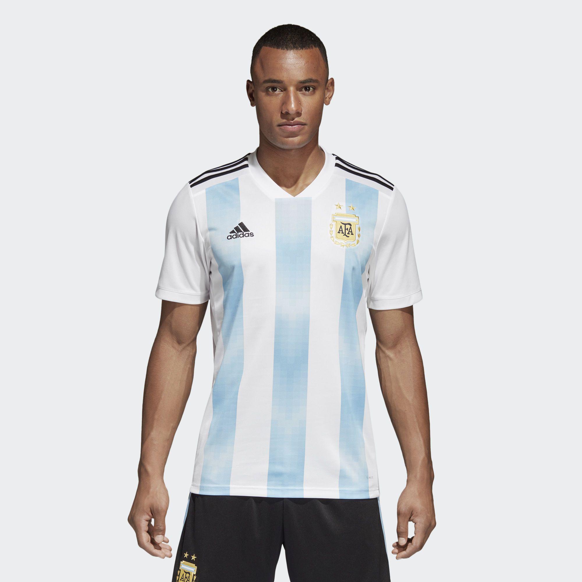 451f8a6b11a65 Camiseta Oficial Selección de Argentina Local 2018 - Blanco en adidas.pe!  Descubre todos los estilos y colores disponibles en la tienda adidas online  en ...