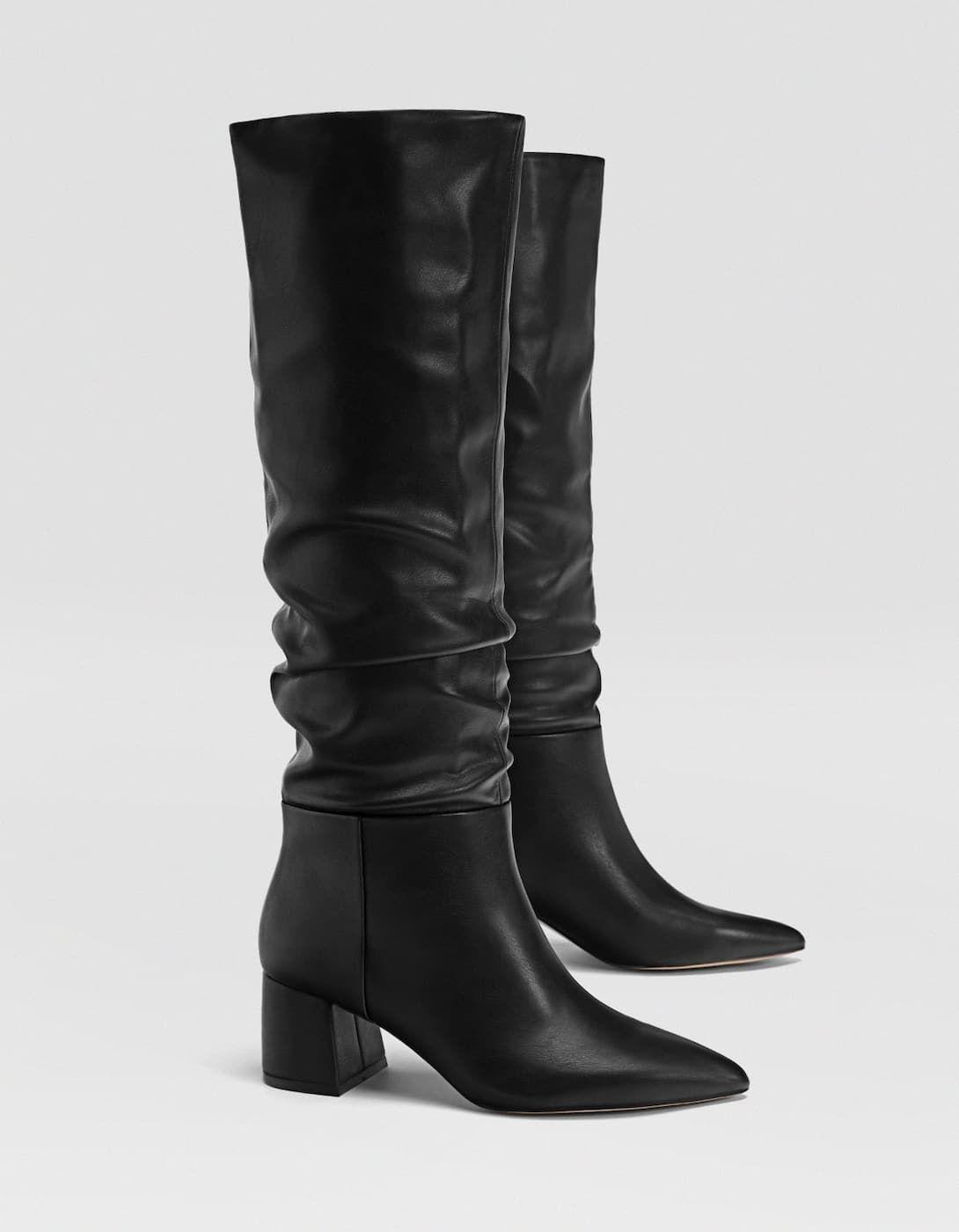8a8513ba Bota alta tacón negra en 2019 | ropa | Botas altas de mujer, Botas ...