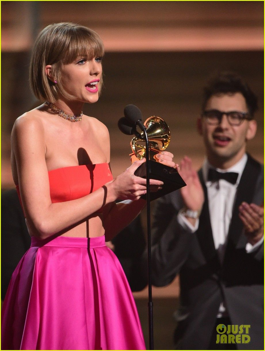 Taylor Swift Blasts Kanye West In Grammys 2016 Acceptance Speech Video Taylor Swift Blasts Kanye West In Grammys Accep Kanye West Taylor Swift Grammys 2016