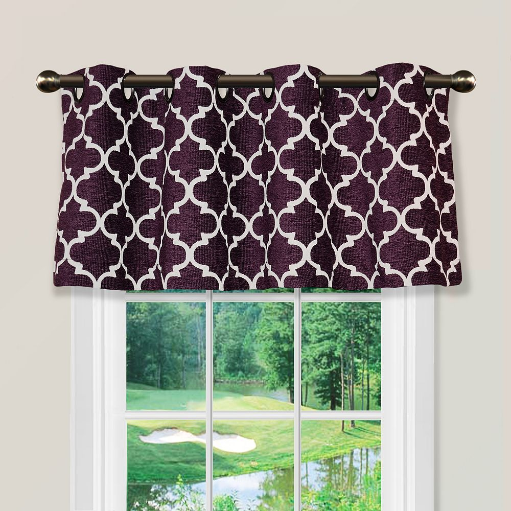 Spencer club lattice window valance