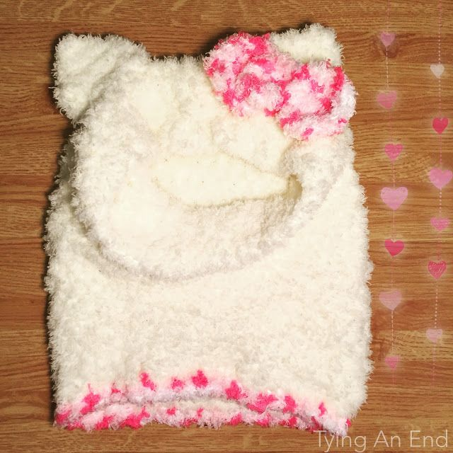 FREE PATTERN] Crochet Hello Kitty Snood I made for friend\'s baby\'s ...