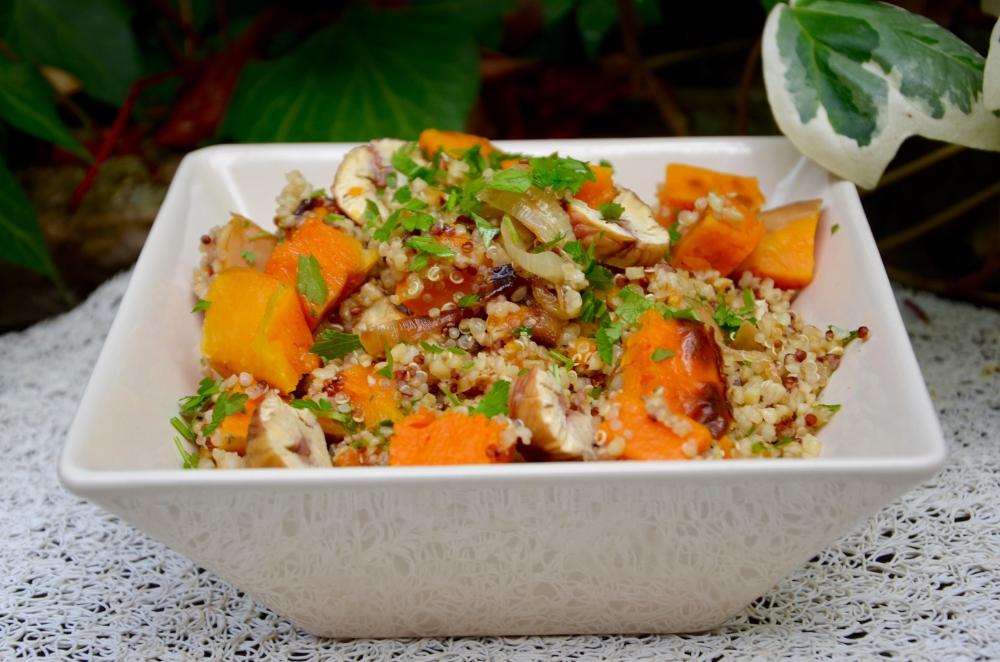 Salade d'automne quinoa, potimarron et châtaignes - La p'tite cuisine de Pauline #saladeautomne Salade d'automne quinoa, potimarron et châtaignes - La p'tite cuisine de Pauline #saladeautomne