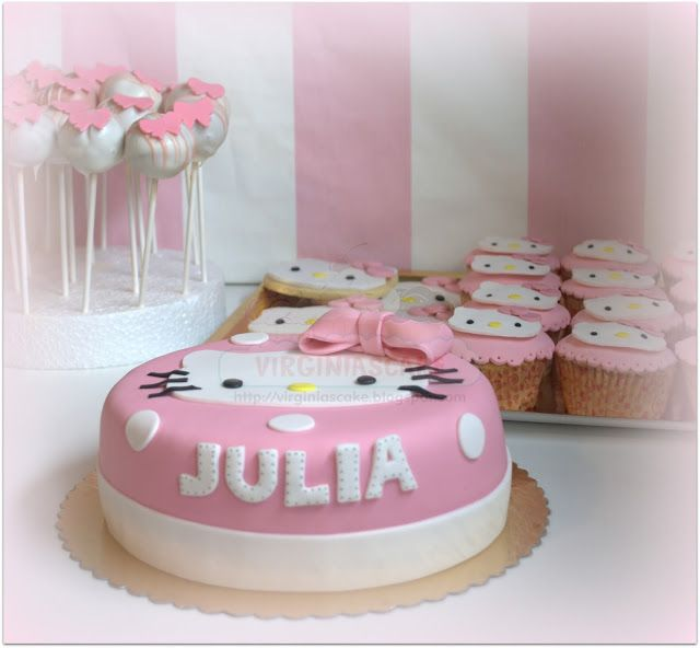 Virginias Cake Candy Bar Hello Kitty Julia Galletas En