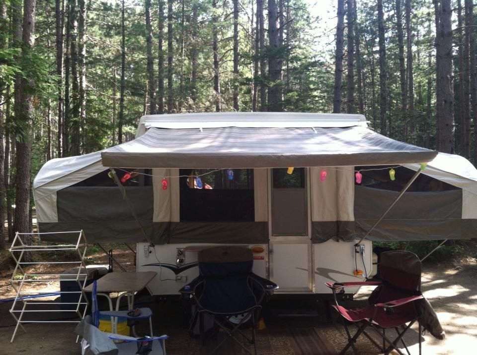 Collapsible Laundry Drying Rack On The Left Camper Pop
