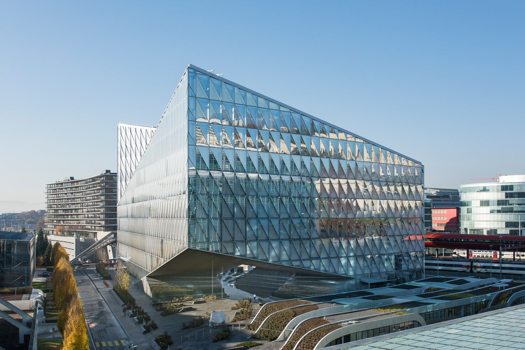 The Innovative Closed Cavity Facade System Developed For The Jti