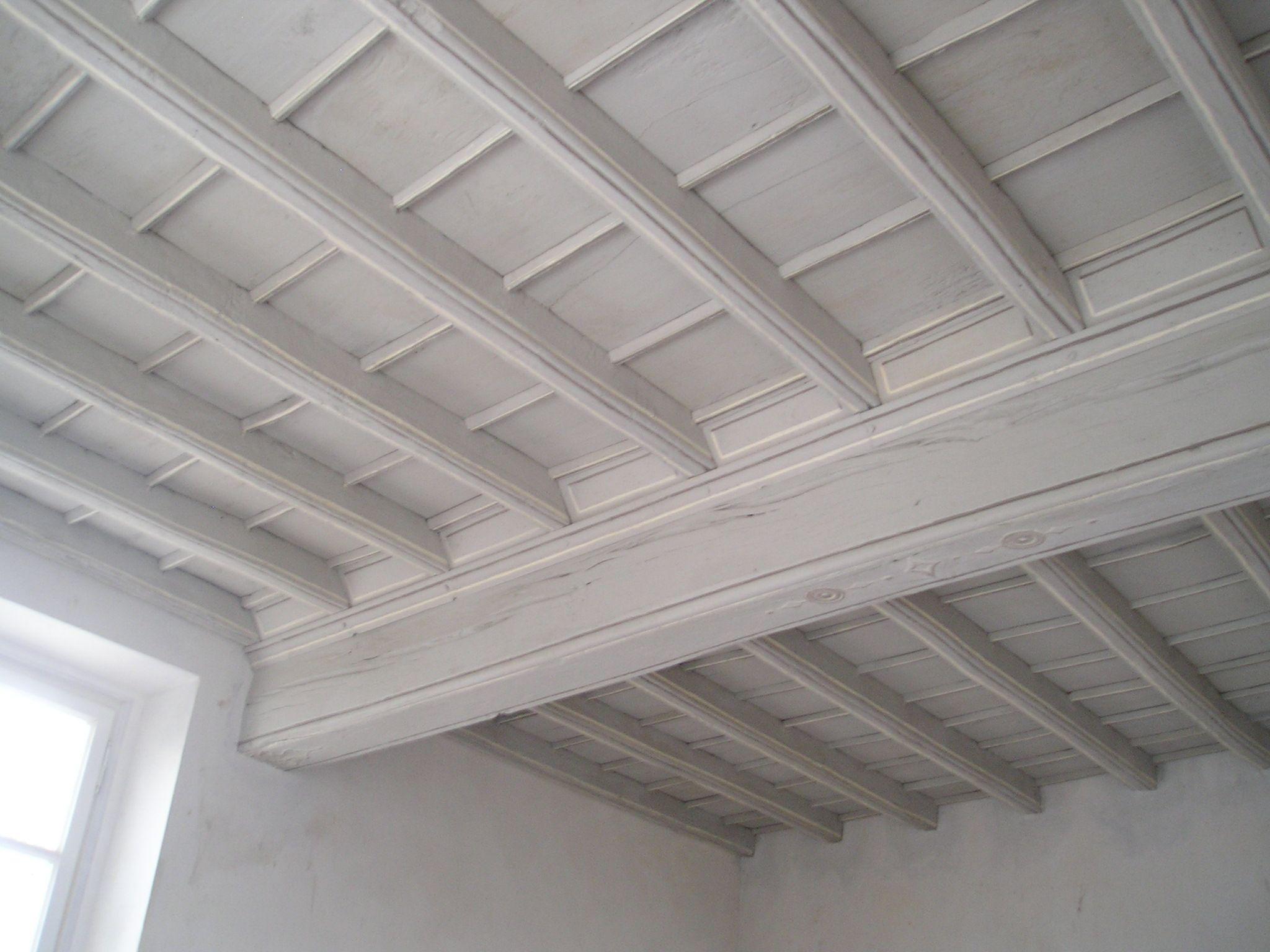 Soffitti In Legno Bianco : Soffitto in legno bianco : come pulire il soffitto soluzioni di