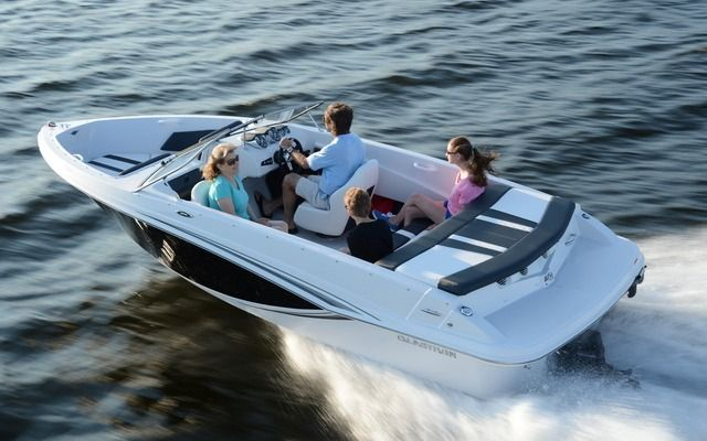 2015 Glastron Gtx 185 Photo Gallery The Boat Guide Boat Photo Photo Galleries