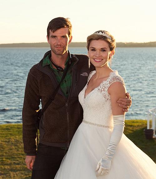 men-wedding-fucking-with-girl