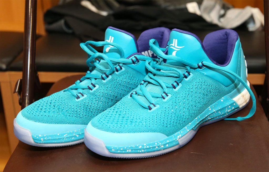 Jeremy Lin adidas Crazylight Boost 2015 Hornets PE | Sole