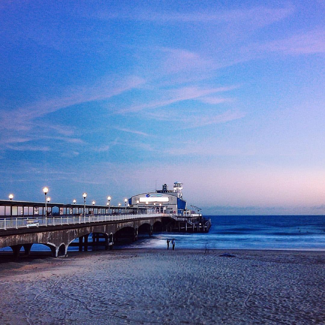 #vscocam #vscogood #vscooutdoors #vsconature #bournemouth #bournemouthpier #bournemouthbeach #exploremore #exploredorset #dorset #england #lovegreatbritain #photosofengland #chasinglight #nothingisordinary #postitfortheaesthetic #sea