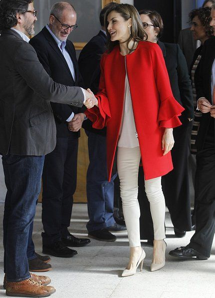 30 March 2017 - Queen Letizia attends the announcement of the winner of  FPdGi Social - coat by Zara c0c933af7234