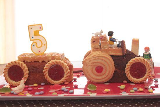Tracteur en g teaux et biscuits du commerce photo - Tracteur rigolo ...