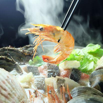 2時間飲み放題つきで渡り蟹の海老味噌漁師鍋がメインのコース♪