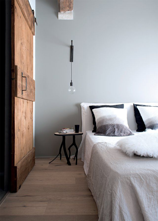 Une maison familiale à l\'allure moderne | Oreillers en lin, Drap en ...
