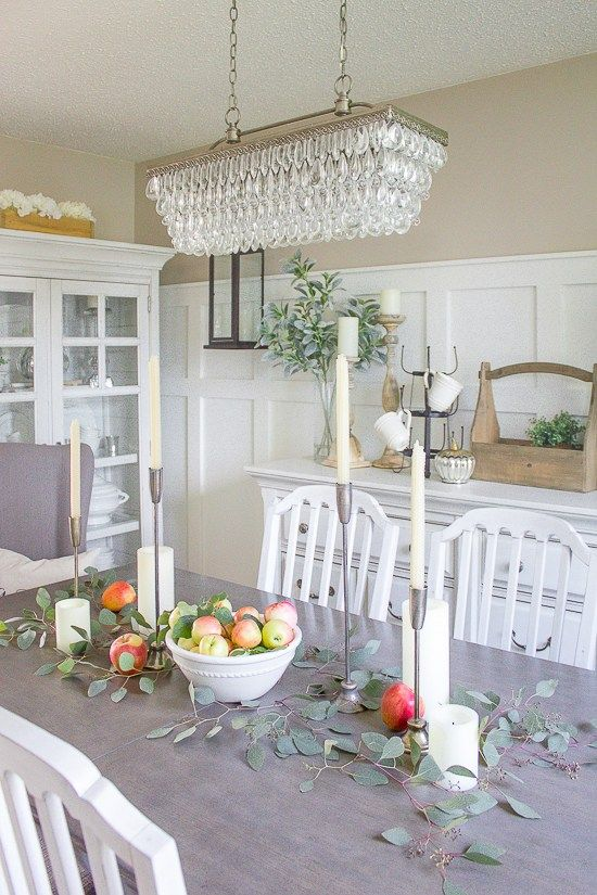 Simple Dining Room Decor For A Transitional Season: Welcoming Fall With A Simple Farmhouse Fall Tablescape