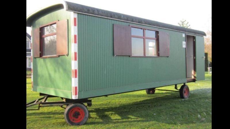 wir kaufen und verkaufen alle typen bauwagen circuswagenimmer 20 30 stuck vorratig ab 3 00 meter. Black Bedroom Furniture Sets. Home Design Ideas