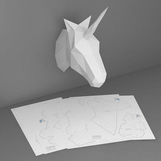 Unicorn 3d Papercraft Model Downloadable Diy Template Mit Bildern Kreativ Bastelarbeiten Origami Dekoration