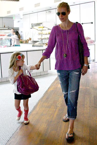 Love Gwyneth's casual outfit.