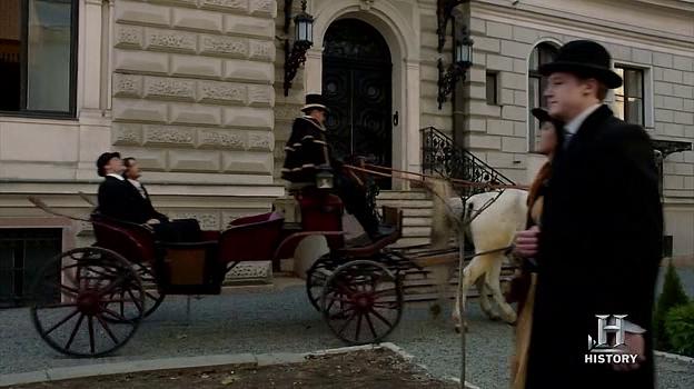 Houdini (Tv Mini-Series) 2014.   Scene: London  Filming Location: Budapest, Andrássy street