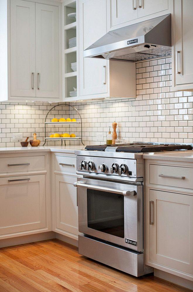 Modern Farmhouse Kitchen Design I Usually Prefer Lighter Grout With White Subway Tiles But I Th Farmhouse Style Kitchen Farmhouse Kitchen Design Kitchen Design