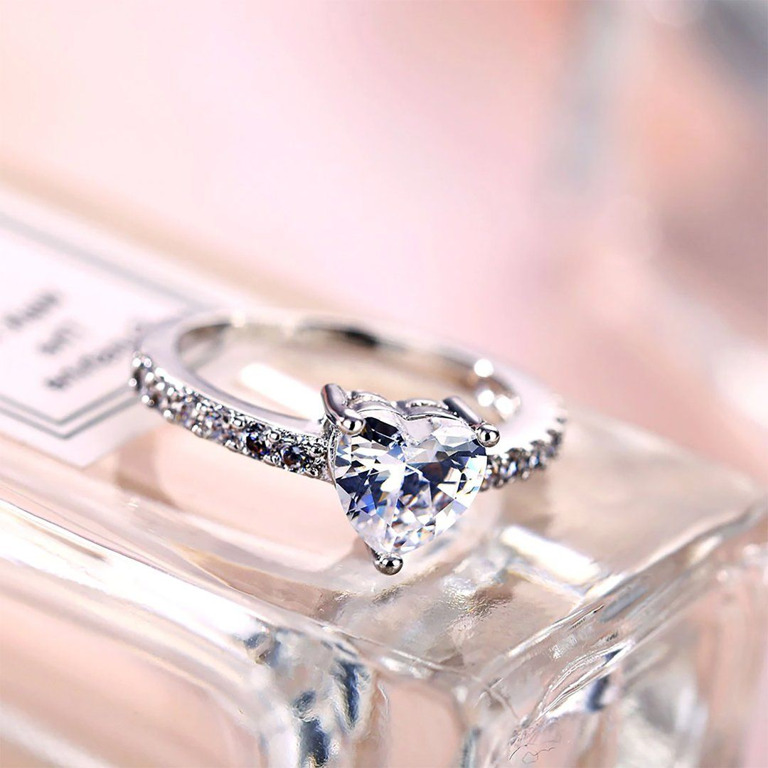 4770c649616a2 Giselle Cute Crystal Heart Fashion Ring in 2019 | Things I like ...