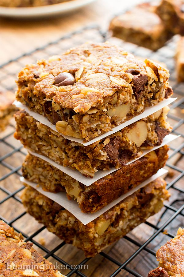 Peanut Butter Chocolate Chip Oatmeal Breakfast Bars V Gf A Simple Recipe For Delic Oatmeal Chocolate Chip Bars Oatmeal Breakfast Bars Chocolate Chip Oatmeal