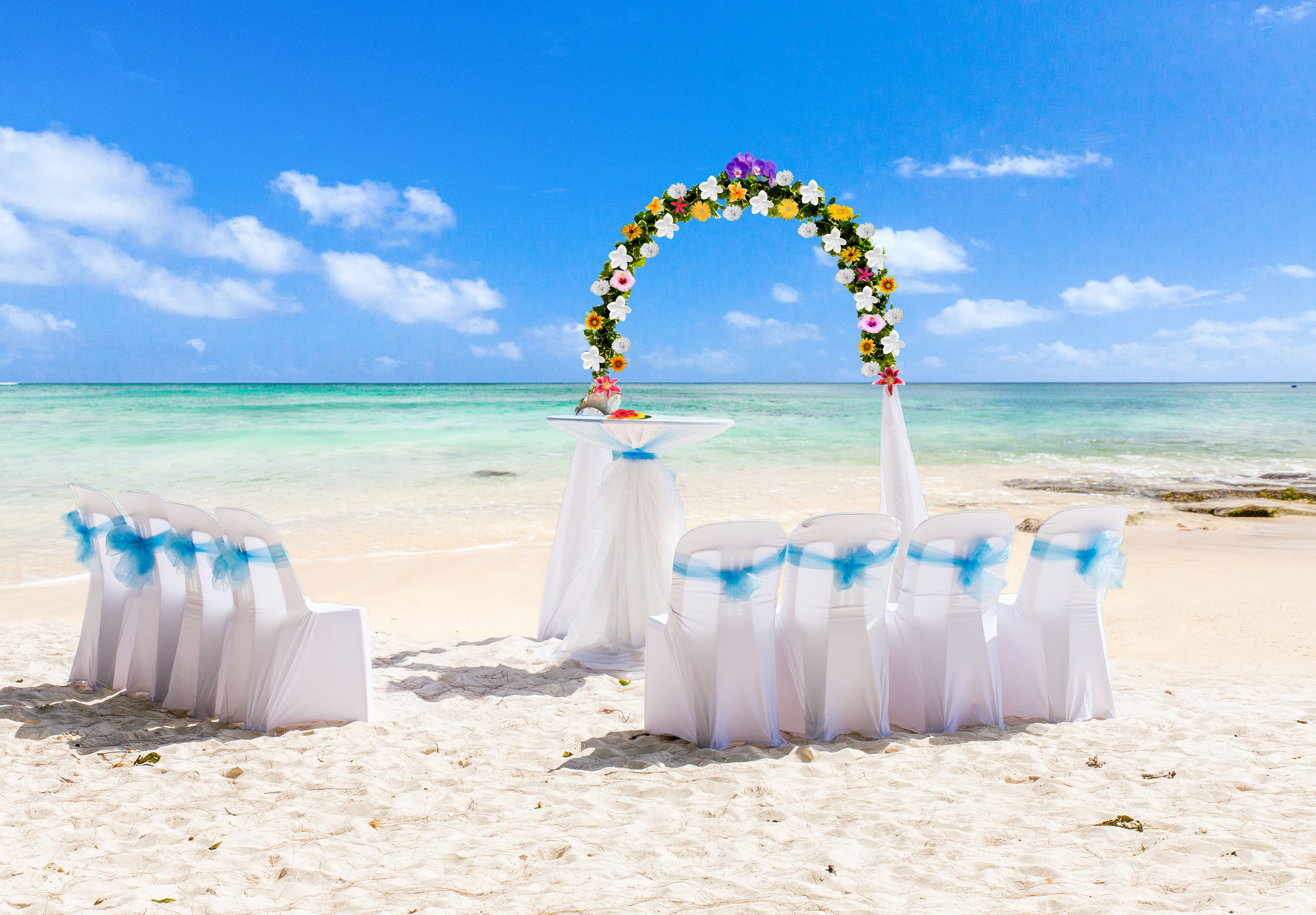 Tie the knot in Mauritius with this breathtaking back
