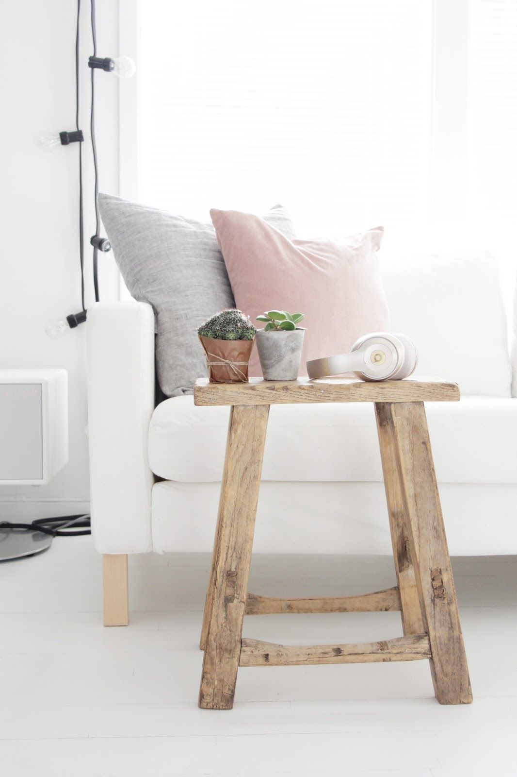 Decorate with Pillows www.noraquinonez.com @noraquinonez #Pillows #Cushions #Decor