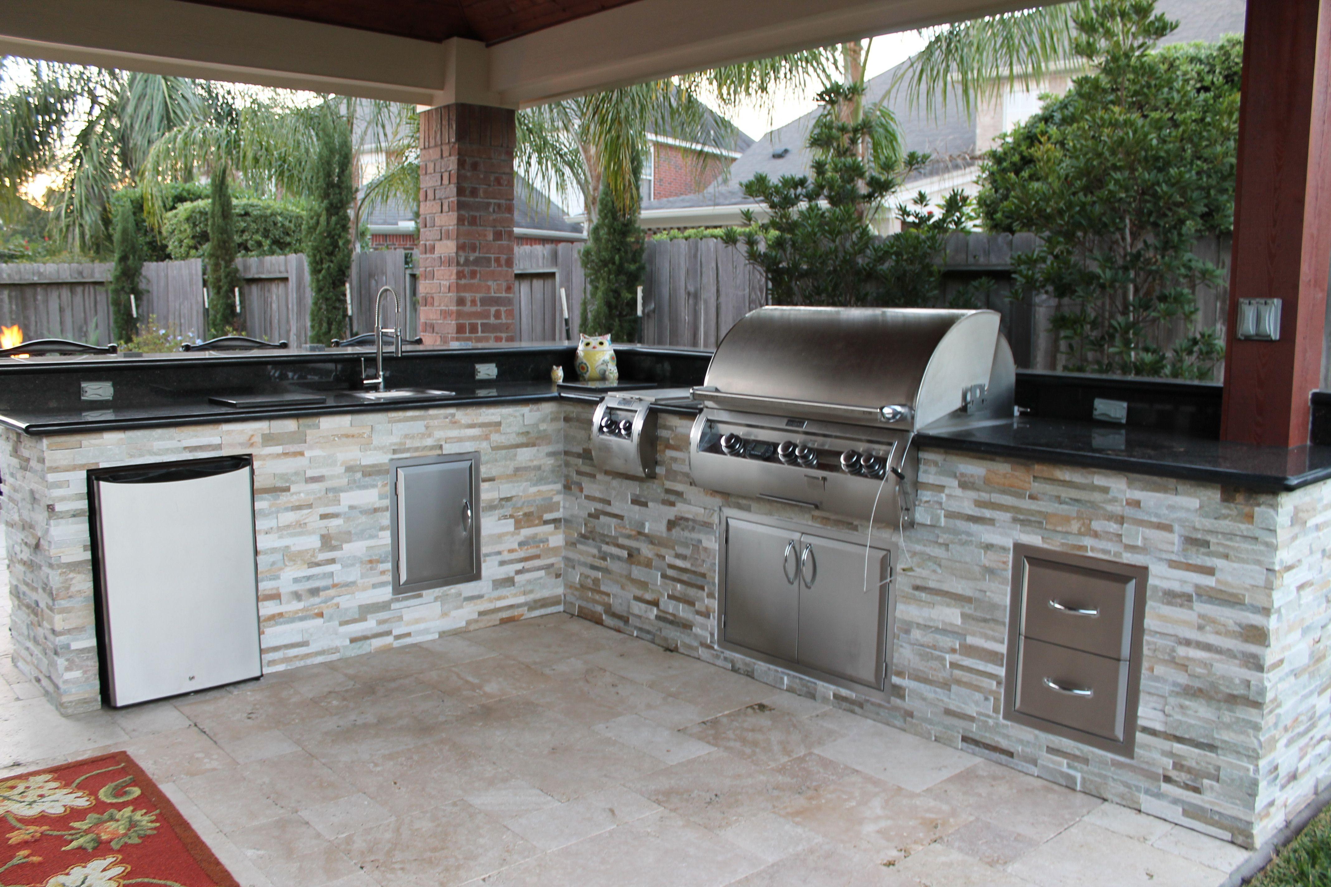 Wet Pools Inc Structure Katy Texas Outdoor Living Outdoor Kitchen Design Outdoor Kitchen