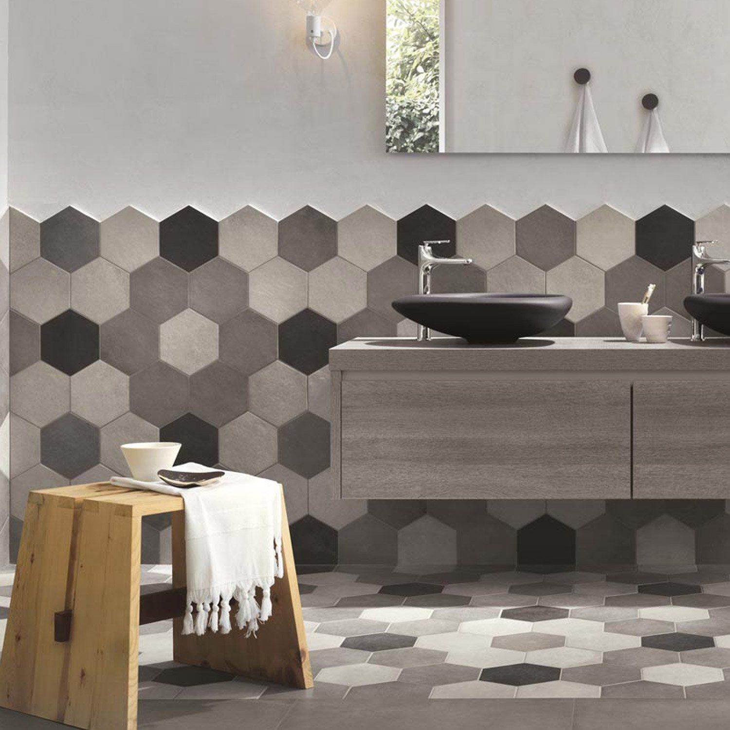 Carrelage sol et mur gris ciment effet b ton time x l for Carrelage hexagonal parquet