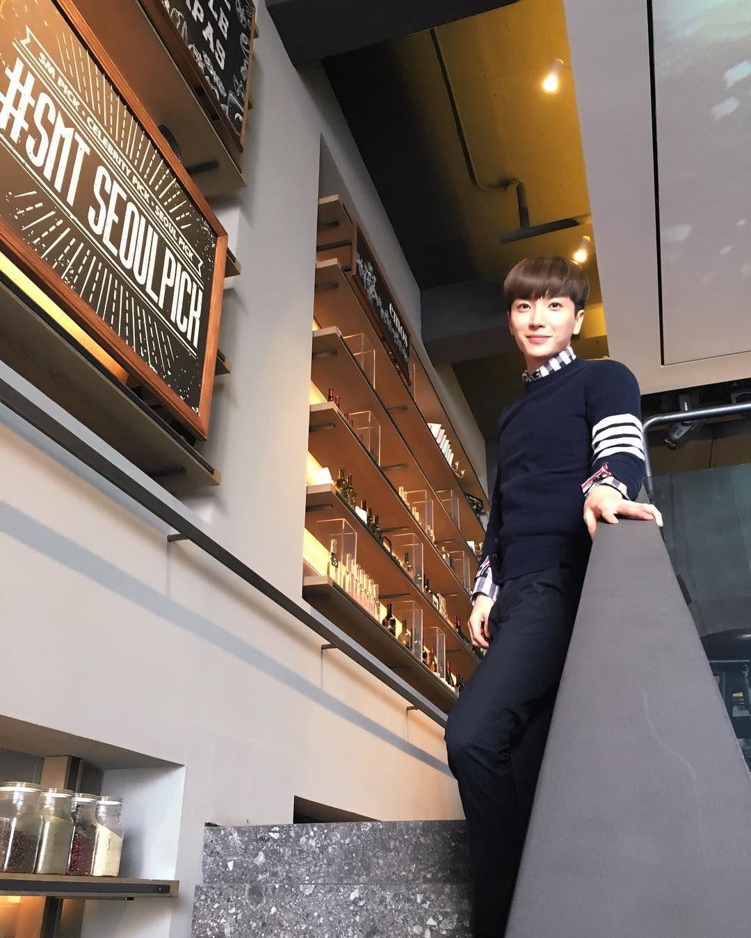 """""""..화보 같다..#SMT#Seoul#Food#불고기반상#바나나미숫가루#맛있어요^^.."""""""
