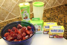 Texas Homemaking: Simple Living :: How to Make Freezer Jam