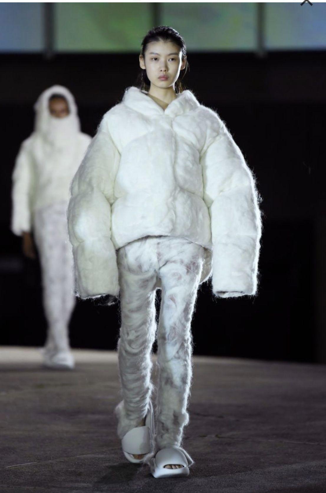 Paris Fashion Week Kanye West Yeezy Season 8 In 2020 Fashion Paris Fashion Week Yeezy Season