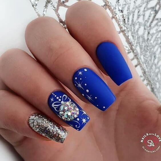 Photo of Holiday Acrylic Nails: Inspiration To Style Your Nails This Christmas