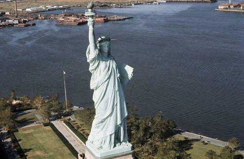 Vapaudenpatsas oli suljettuna Sandy-myrskyn takia kahdeksan kuukautta.