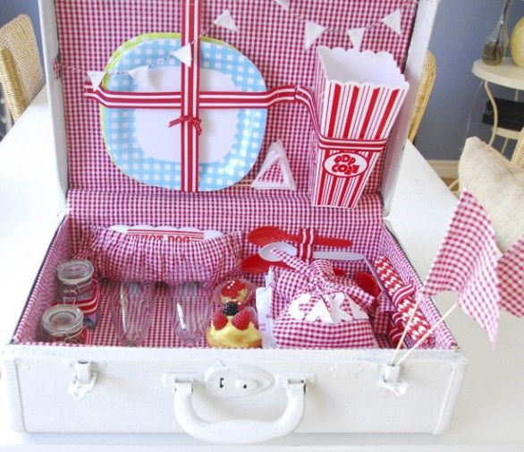 re-purpose an old suitcase into a picnic basket