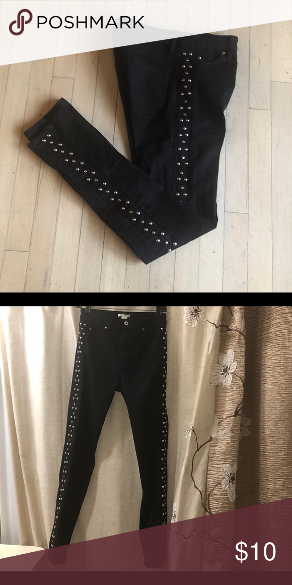 3be13f0309f H M black side studded jeans