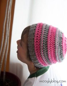 4859a08e1 Sweet Striped Crochet Hat | How is that done? | Crochet hat sizing ...