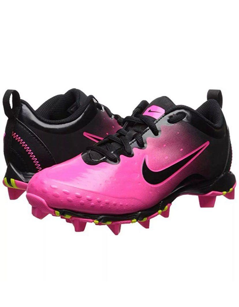 Baseball shoes, Girls softball cleats
