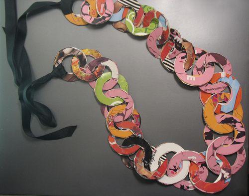 Paper Link Necklace by artistic aya, via Flickr