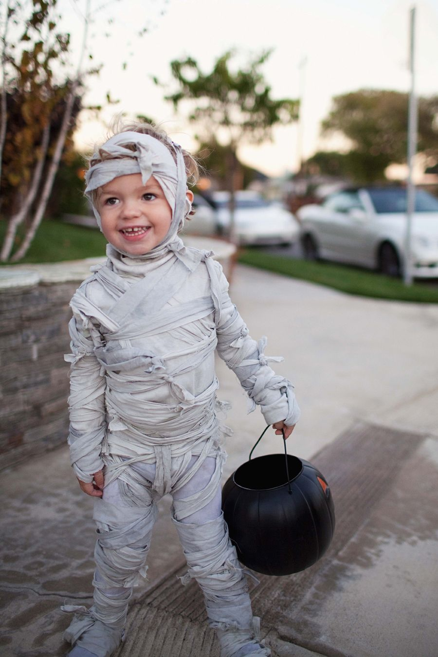 MONSTER FAMILY COSTUME DIY Kids mummy costume, Boy