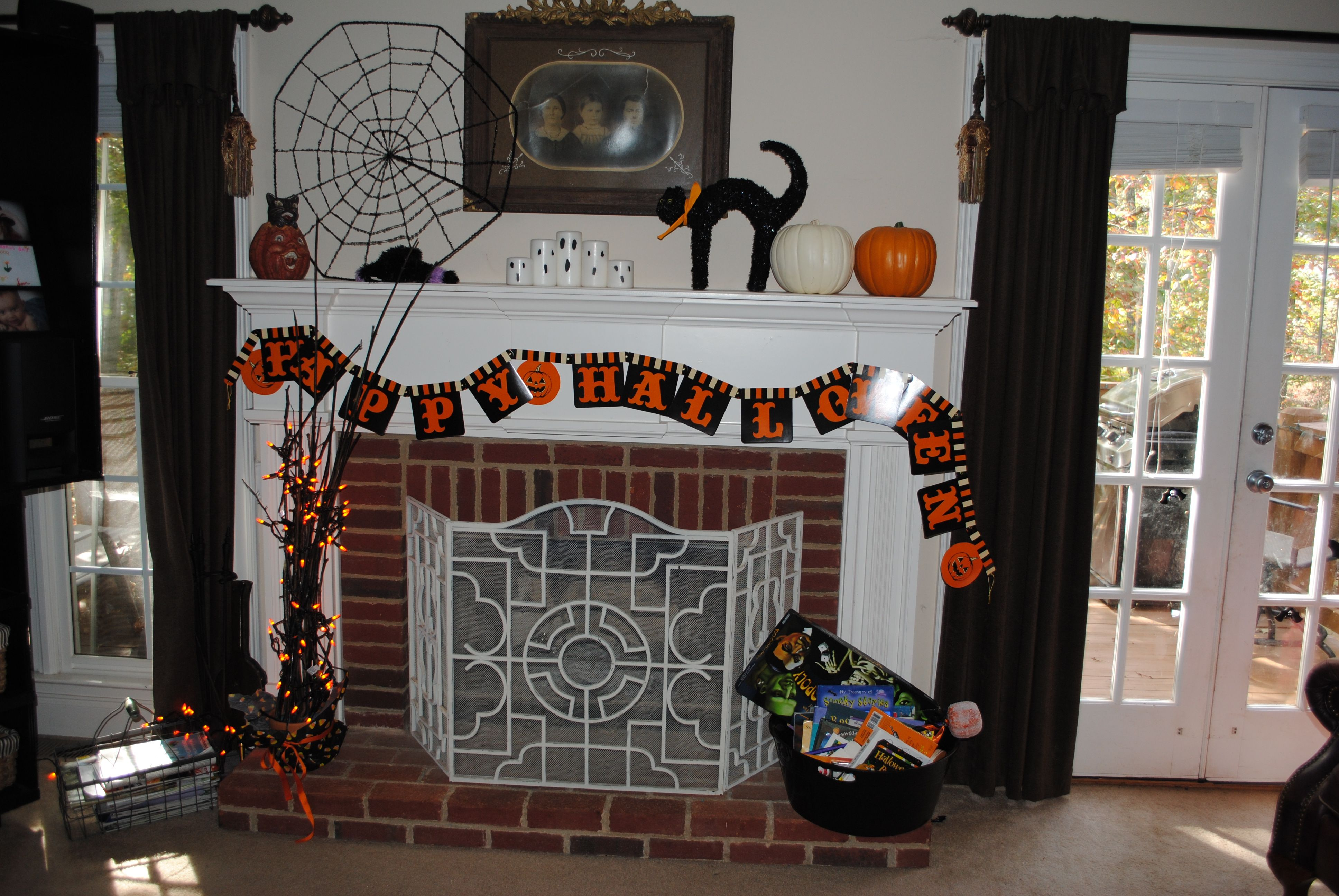 Mantle Spider web and spider from Tree; Ceramic pumpkin