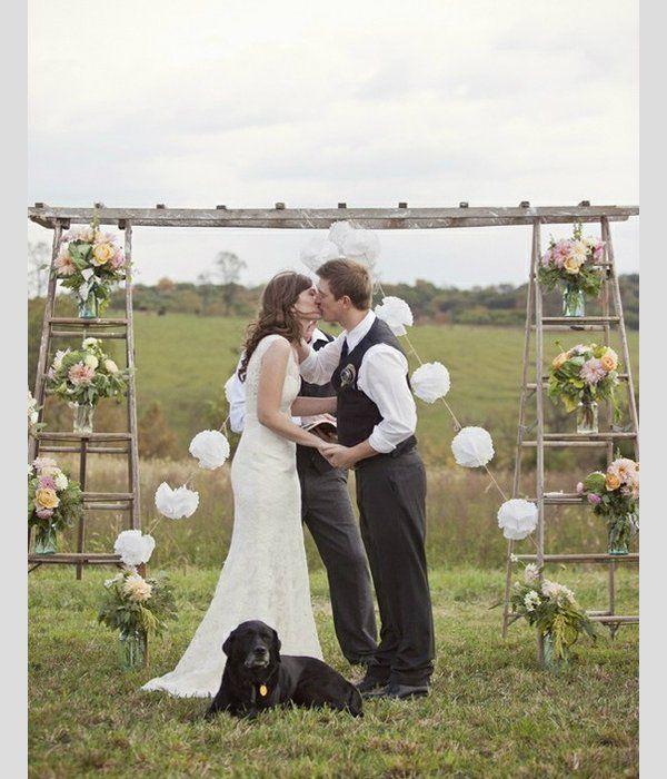 Ideias para decorar o casamento com escadotes