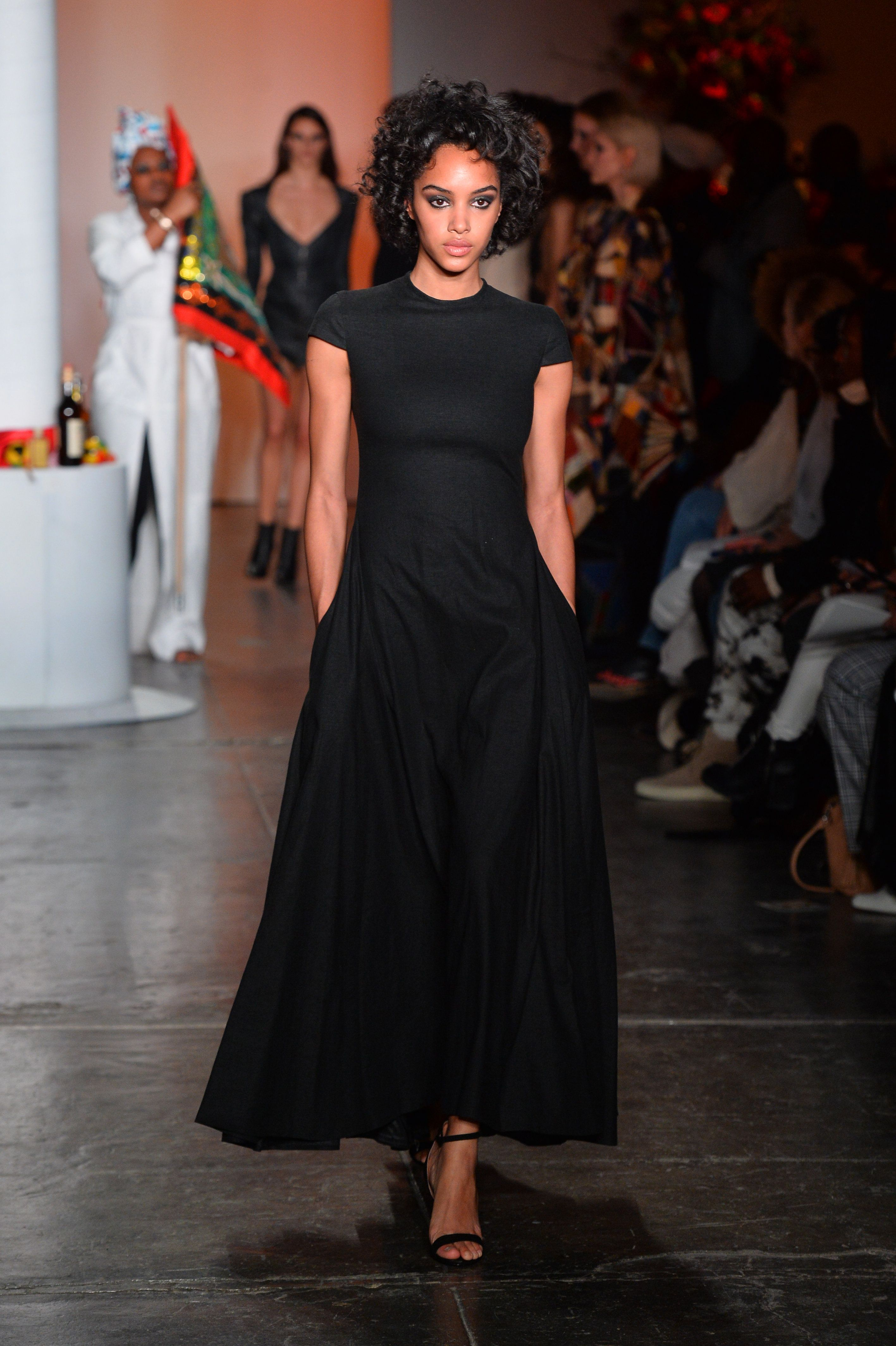 Pinterest Fashion York Mode robe models Week Black New Dresses PYHzHwqg aadb94e9165