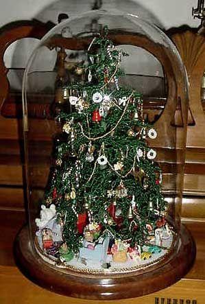 Westrim Beaded Christmas Tree