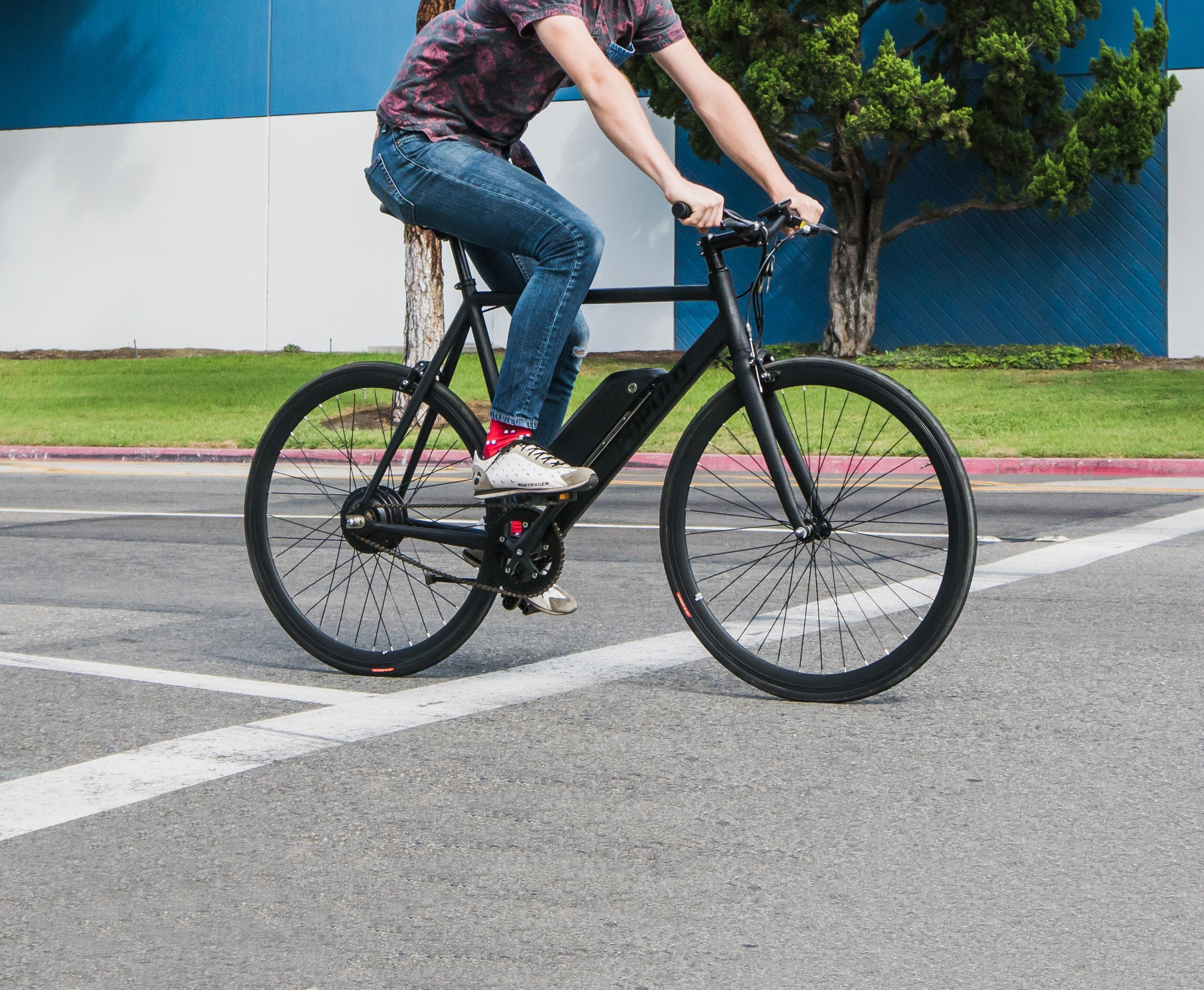 Smash The Commute Without The Sweat The Sport Is The Premier Single Speed E Bike We Designed This Bike With The Quick H Single Speed Bike Bike Sleek Fashion