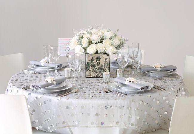 Modern regal wedding details: Philip Ficks / TheKnot.com Bohemian Bloom Papier Flora Couture