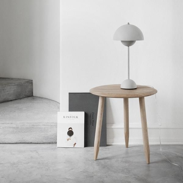 Hoof Side Table In 2020 Table Side Table Interior