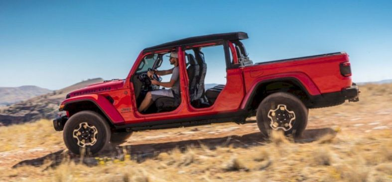The All New 2020 Jeep Gladiator Is Back Jeep Gladiator Jeep Wrangler Pickup Jeep