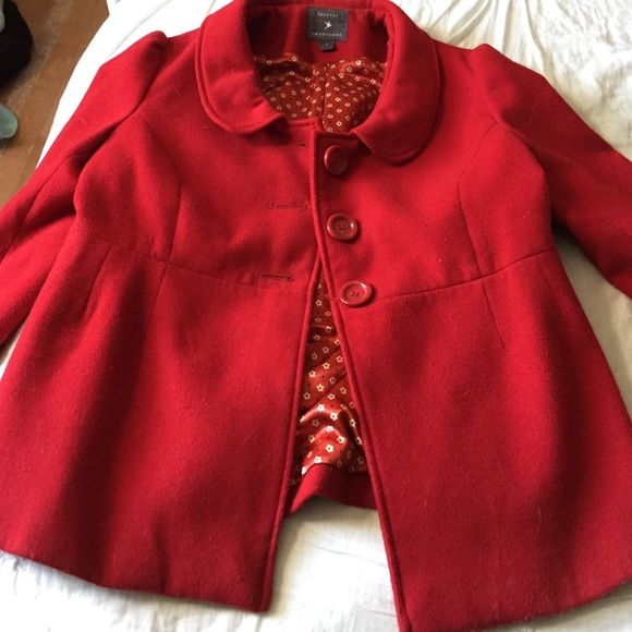 Adorable Red Coat This is my favorite coat I've ever owned but it's too small on me :(. Gorgeous collar, feminine shoulders, perfect red, and the floral lining is stunning. Fits M-L Forever 21 Jackets & Coats Pea Coats